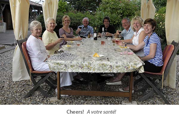 guests enjoying painting and photography holidays in southwest France